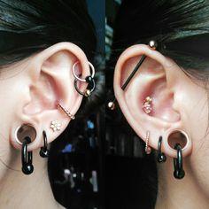 Mini Bar Stud earrings in Gold fill, short gold bar stud, gold fill bar post earrings, gold bar earring, minimalist jewelry - Fine Jewelry Ideas Ear Peircings, Cute Ear Piercings, Body Piercings, Tongue Piercings, Cartilage Piercings, Rook Piercing, Gold Bridal Earrings, Bar Stud Earrings, Ear Jewelry