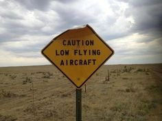 A lot of funny signs can be found around the streets. We've selected some of the most creative and funniest signs to make you laugh! Funny Coincidences, Funny Road Signs, Aviation Humor, Street Signs, Looks Cool, Gifs, Just For Laughs, Funny Photos, Funniest Pictures