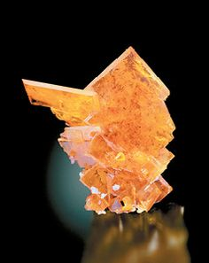 Wulfenite - Old Yuma Mine, Saguaro National Monument, Amole District, Tucson Mts, Pima Co., Arizona, USA