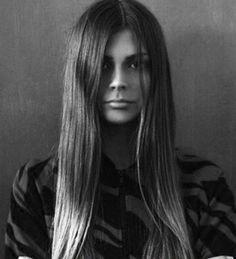 Julia S managed by Fanjam Model Management, portfolio image.