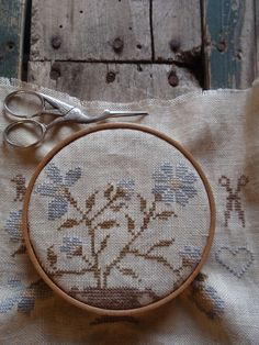 Grandmother was always working on her needlework. Cross Stitch Samplers, Cross Stitching, Cross Stitch Designs, Cross Stitch Patterns, Granny Pod, Primitive Stitchery, Primitive Embroidery, Mourning Dove, Antique Clothing