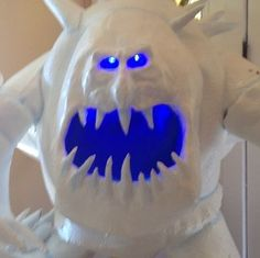 Picture of Frozen Marshmallow Snowmonster Costume Dyi Costume, Snowman Costume, Diy Halloween Costumes, Cool Costumes, Halloween Ideas, Costume Ideas, Marshmellow Snowman, Marshmallow Costume, Snow Monster