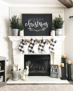 When you live in a city with four seasons, surely you need a fireplace in your home. Fireplace now is not only about warming your home, but also about home decoration. In holiday, decorating the firep Christmas Mantels, Noel Christmas, Winter Christmas, Christmas Crafts, Christmas Mantle Decorations, Christmas Ideas, Christmas Movies, Christmas Stockings, Merry Christmas Signs