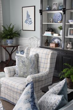 Blue and white, custom cushions, custom upholstery. Living Rooms - Melinda Hartwright Interiors