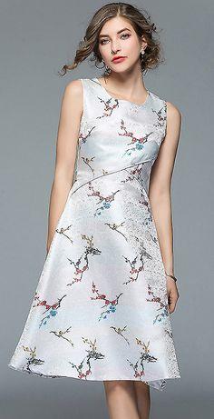 Chic O-Neck Sleeveless Floral Print Big Hem Skater Dress