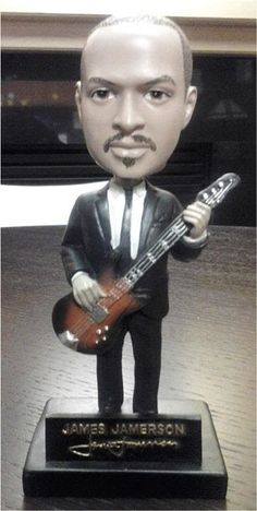 DETROIT BASS PLAYER 'JAMES JAMERSON JR' INTERVIEW in the BASSmint with big ive and Reginald Canty. James Jr. in his own right has an extensive body of work since the 70's, we talk about him, and his father the great BASSIST James Jamerson, enjoy.