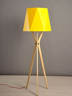Design Moderne, Tripod Lamp, Home Decor, Yellow Lamps, Favorite Color, Minimalist Style, Standing Lamps, Natural Wood, White People