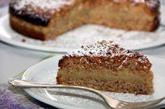 Kirschbiene kocht: Mandelkrokant-Kuchen mit Vanillefüllung