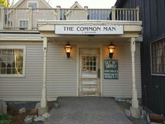 The Common Man, Lincoln, NH - Opened in 1985, our Lincoln location has become a favorite stop for locals and travelers alike. Serving the same American fare with flair as our other Common Man locations, you're sure to get a great meal including prime rib, home made baked macaroni and cheese, and our famous crab cakes, voted Best of NH five years in a row by readers of New Hampshire Magazine.