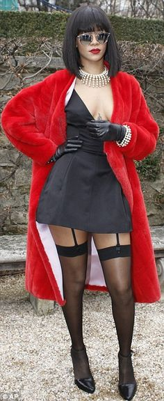 Rihanna looking HOT at Paris Fashion Week! Get your own stockings and suspenders from Essex'ee Legs- http://www.essexylegs.co.uk/Leg-Avenue-Garter-and-Stockings-Set #Rihanna #PFW14 #Stockings