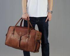 Le milieu de Vagabond: Vintage style brun cuir fourreau duffle polochon week-end sac cabine vol mens unisexe bagages personnalisé étiquette cadeau