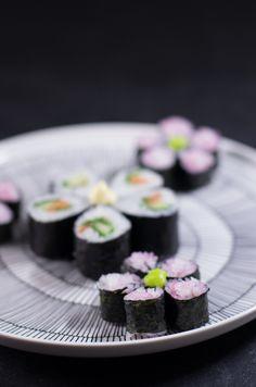Sushi osa II – Nordic Atmosphereh Flower sushi and Marimekko
