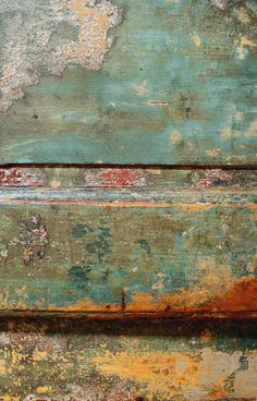 & paint patina color inspiration in aqua blue + orange Foto Macro, Peeling Paint, Found Art, World Of Color, Paint Finishes, Abstract Photography, Wabi Sabi, Oeuvre D'art, Painting Techniques
