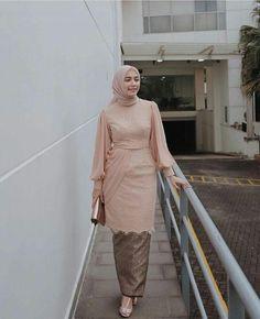 Model Dress Kebaya, Model Kebaya Brokat Modern, Model Kebaya Muslim, Dress Brokat Muslim, Kebaya Modern Hijab, Dress Brokat Modern, Kebaya Hijab, Contoh Model Kebaya Modern, Dress Batik Kombinasi