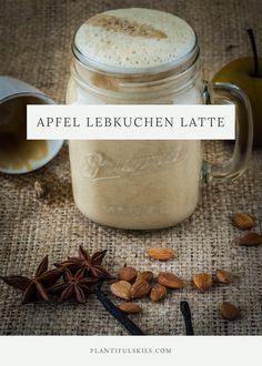 Apfel Lebkuchen Latte ist mein Lieblingsgetränk im Herbst und Winter. Nur aus natürlichen Zutaten gemacht und wundervoll aromatisch! #vegan #lebkuchen #latte #gingerbread #weihnachen