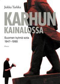 Karhun kainalossa, Jukka Tarkka