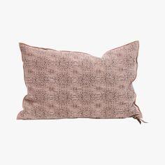 Coussin jacquard stone washed, Blush - MAISON DE VACANCES - Find this product on Bon March� website - Le Bon March� Rive Gauche Rive Gauche, Pillow Talk, Reusable Tote Bags, Cushions, Throw Pillows, Textiles, Website, Stone, Homemade Blush