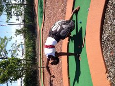 Multi tasking on the golf course. #yogaeverywhere #wildthing #yogapose #fitblackwomen #madaboutyoga #fitnessaddict #blackyogis #fitness #blackwomendoworkout #golf