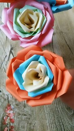 Origami Rose Flower Video Tutorial – Origami Community : Explore the best and the most trending origami Ideas and easy origami Tutorial Paper Flowers Craft, Paper Crafts Origami, Easy Paper Crafts, Diy Origami, Diy Arts And Crafts, Flower Crafts, Creative Crafts, Diy Flowers, Fun Crafts