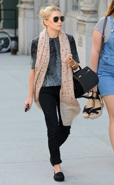 ashley olsen - absolutely love this outfit!