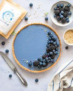 Blueberry Ocean Tart - The Tasty K Yummy Treats, Sweet Treats, Yummy Food, Tart Recipes, Dessert Recipes, Rainbow Smoothies, Summer Desserts, Beautiful Cakes, Food Processor Recipes
