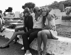 Jane Birkin, Jacques Deray and Romy Schneider on the set of La Piscine, 1969