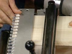 A special jig can guide a router to make perfect dovetail cuts in wood. Here's how to use a dovetail jig to create a dovetail joint. Woodworking Joints, Woodworking Skills, Woodworking Machinery, Woodworking Supplies, Teds Woodworking, Woodworking Projects, Dovetail Jig, Woodworking Quotes