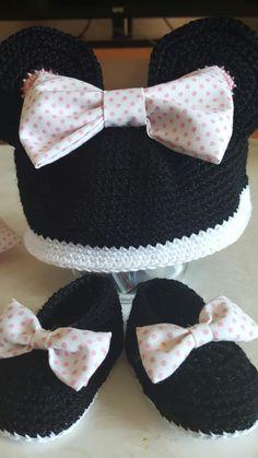 Gorro y zapatos Minnie