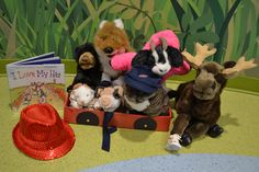 October 2015.  THEME:  Animals Get Dressed!  The book I Love My Hat by Douglas Florian provided the inspiration for this months puppet story.  Check here to see if it's in:  http://opac.smfpl.org/cgi-bin/koha/opac-detail.pl?biblionumber=280958&query_desc=kw%2Cwrdl%3A%20i%20love%20my%20hat