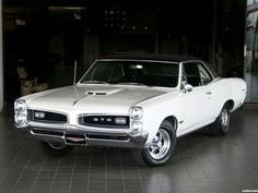 1966 Pontiac Tempest GTO Hardtop Coupe muscle classic f Ferrari, Lamborghini, Pontiac Gto, Vintage Cars, Antique Cars, Vintage Signs, 1967 Gto, Gto Car, Porsche
