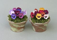 Miniature 1:12 scale flowers