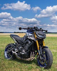 Ducati Motorbike, Bike Bmw, Moto Bike, Motorcycle Bike, Mt 09 Yamaha, Yamaha Bikes, Yamaha Sport, Futuristic Motorcycle, Bike Photography