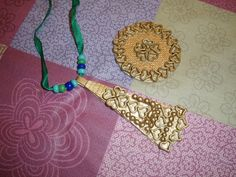 kalevala askartelu - Google-haku Crafts For Kids, Haku, Crochet Necklace, Jewelry, Google, Artworks, Holidays, Crafts For Children, Jewlery