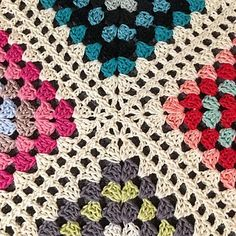 Crochet Motifs, Granny Square Crochet Pattern, Crochet Borders, Free Crochet, Crochet Granny, Crochet Poncho, Crochet Stitches, Granny Square Poncho, Ravelry Crochet