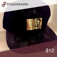 Suede & Snakeskin SnapBack 🐍 Yea Nice! Black SnapBack. Suede top with snakeskin bill. Bought for boyfriend & he never wore it. No Trades Please & Thank you. Moving soon and need to clear space! Accessories Hats