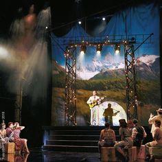 #Evita - Nur noch 5 Tage im #Ronacher #viennanow #wearemusical Musicals, Fair Grounds, Instagram Posts, Fun, Eva Peron, Hilarious, Musical Theatre
