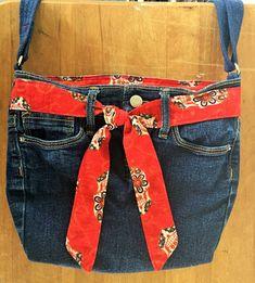 Upcycled Old Navy Jeans Sugar Skull Cross Body Bag, Adjustable Strap, Denim Purse, Eco Friendly Diy Purse From Jeans, Denim Purse, Hip Purse, Old Navy Jeans, Diy Old Jeans, Blue Denim, Blue Jeans, Navy Blue, Diy Bags Patterns