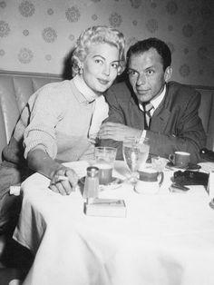 Frank Sinatra and blonde (!) Ava Gardner, 1952