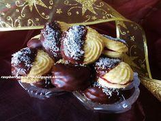 Raspberrybrunette: Kokosové trené kolieska