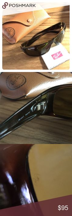 Polarized, Havana Brown, Ray-Ban 4057 Gently used pair of authentic uni-sex Ray-Ban Tortoise Shell / Havana Brown polarized sunglasses. Model number RB 4057 642/57 Polarized. Minor flecks on left eye lens from standard wear, other than that a great pair of glasses, I just can't seem to get used to the B-15 brown lenses; I prefer green. Does not include case or cloth. Ray-Ban Accessories Glasses