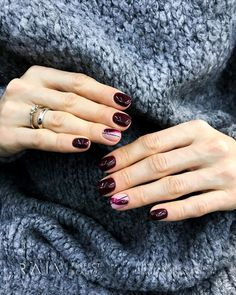 Trendy manicure ideas for short nails to get 61 Ideas Trendy manicure ideas for short nails to get 61 Ideas Glitter French Manicure, Manicure And Pedicure, Gel Nails, Nail Polish, Manicure Ideas, Cute Nails, Pretty Nails, Beauty Hacks Nails, Minimalist Nails