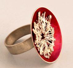 Fabiana Gadano Ring: Refugios 7 2007 Sterling silver, fine silver, acrylic lacquer 2 cm round