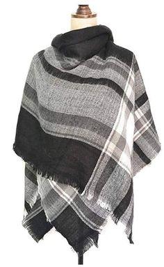 Scarfs Blanket Scarves Stylish A White Black Blanket Plaid Scarf - Schal ideen Blanket Scarf Outfit, How To Wear A Blanket Scarf, Ways To Wear A Scarf, Plaid Blanket Scarf, How To Wear Scarves, Poncho Outfit, Blanket Shawl, Poncho Shawl, Chunky Blanket