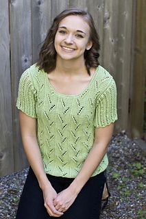 Free pattern on Ravelry Sateen Worsted Sprigs Top Cascade