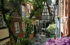 Schnoorviertel, Bremen (Germany)  Numerous theatres, libraries and archives, and museums and galleries contribute to Bremen's rich cultural life. Most facilities concentrated in old town, especially Schnoorviertel, restored to 15th c. pre-WWII appearance.