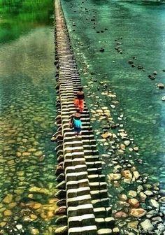 .Piano Bridge - China