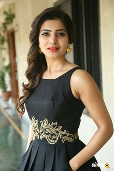 """Sensuous beauty Samantha Ruth Prabhu has scored her second 100 crore gross movie in Kollywood right now. Back to back, she got two hits with Vijay in the form of """"Kaththi"""" and """"Theri"""". Here's what she is waiting for her next. Beautiful Girl Indian, Beautiful Indian Actress, Beautiful Actresses, Samantha Images, Samantha Ruth, Girl Pictures, Girl Photos, Babe, Stylish Girl Images"""
