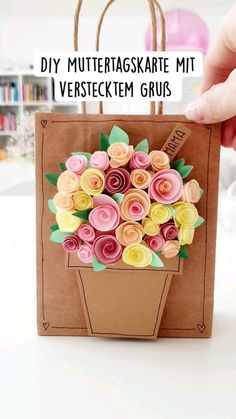 Diy Arts And Crafts, Diy Crafts Videos, Diy Presents, Diy Gifts, Diy Paper, Paper Crafts, Diy Art Projects, Mothers Day Crafts, Diy Birthday