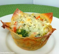 """White Vegetable Lasagna """"Cupcakes"""" Yields 8 lasagna cupcakes. WW P+: 4 per cupcake (P+ calculated using the recipe builder on weightwatchers.com)  Nutrition Information per cupcake from myfitnesspal.com: 131 calories, 12 g carbs, 6 g fat, 7 g protein, 1 g fiber"""