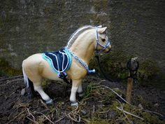 Schleich fjord horse with pad.
